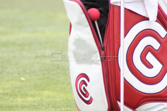 PGA Tour Pro with TALY MIND Set in Bag